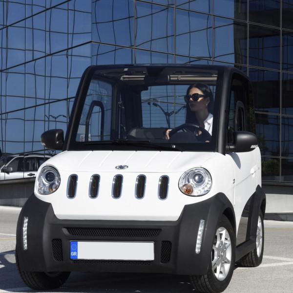 GECO Micro-Car TWIN 4-Rad-Elektro-Kabinenroller Weiß